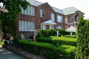 best neighborhoods for families in Queens.