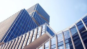 Close up of a skyscraper, headquarters of movers Long Island City NY.