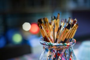 Painting brushes - just one of many things to pack when you want to relocate your art studio